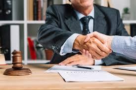 Nueva normativa que obliga a los asesores fiscales a revelar información confidencial de sus clientes a Hacienda