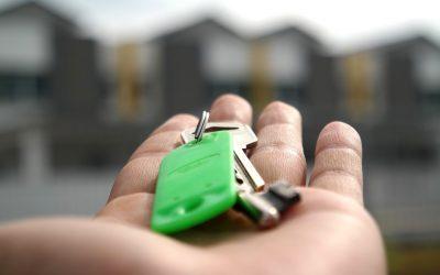 El Gobierno propone rebajas fiscales para los arrendadores de viviendas en zonas tensionadas.